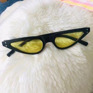 Other - Bumblebee  Cat Eyes Retro Sunglasses
